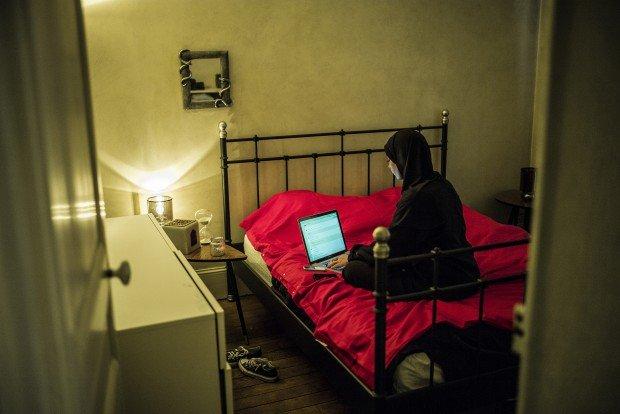 Pro i contra randki internetowe