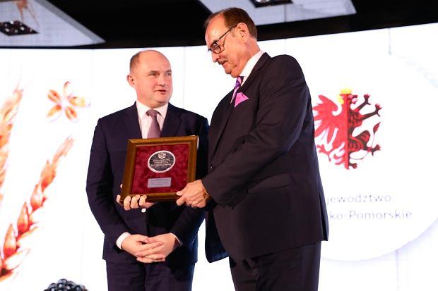Zdjęcie numer 5 w galerii - Medal dla Wojciecha B. Sobieszaka. Kieruje firmą eksportującą do 60 krajów