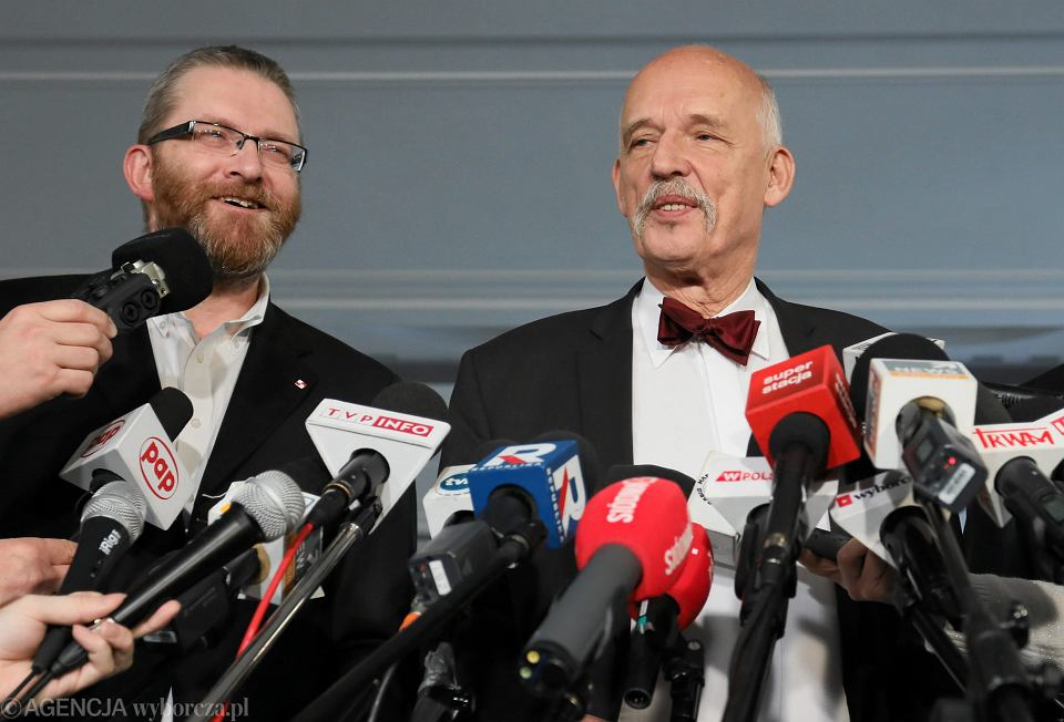 Grzegorz Braun i Janusz Korwin - Mikke podczas konferencji dot. koalicji w wyborach do Parlamentu Europejskiego. Warszawa, 7 stycznia 2019