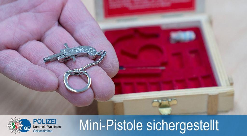 Chciał wnieść na pokład samolotu 'najmniejszy pistolet świata'