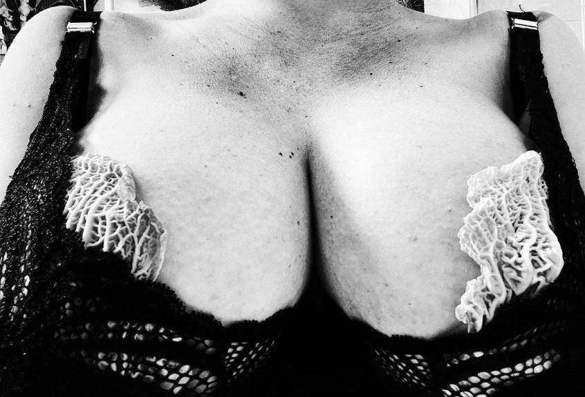 Paloma Faith o trudnościach z karmieniem piersią. Nakłada na sutki liście kapusty