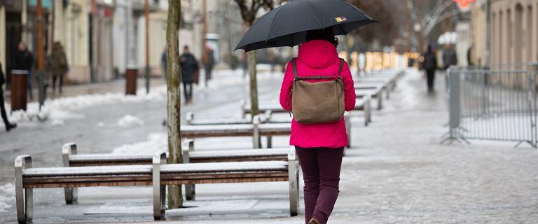 Atak zimy na początku wiosny. Na południu kraju spadł śnieg. Ostrzeżenia IMGW