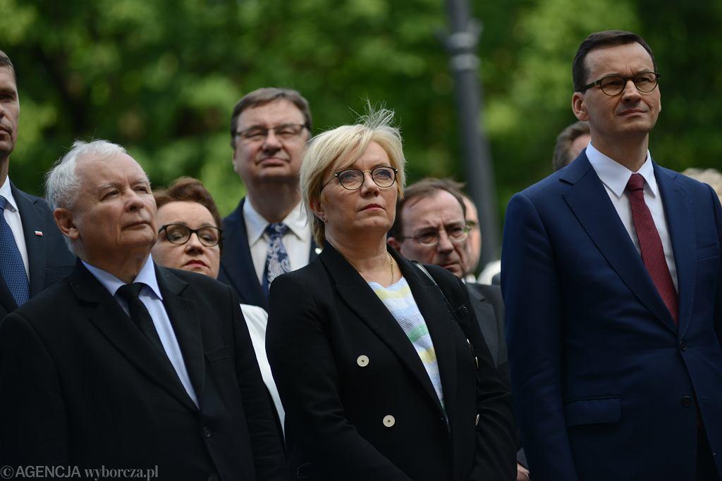Od lewej: prezes PiS Jarosław Kaczyński, prezes TK Julia Przyłębska, premier Mateusz Morawiecki