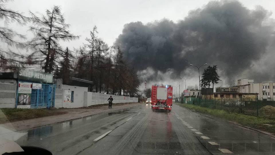 Pożar hali w Radomiu