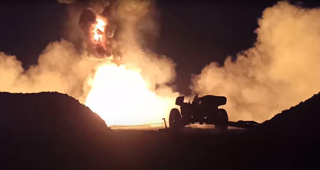 Rosjanie użyli armaty do gaszenia pożaru