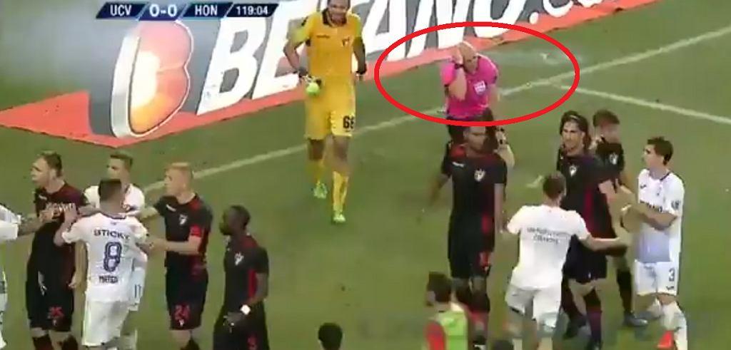 Sędzia zaatakowany podczas meczu w el. Ligi Europy