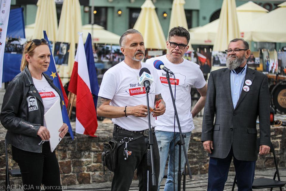 Kielce 5.06.2021. 'Tour de Konstytucja PL' na rynku