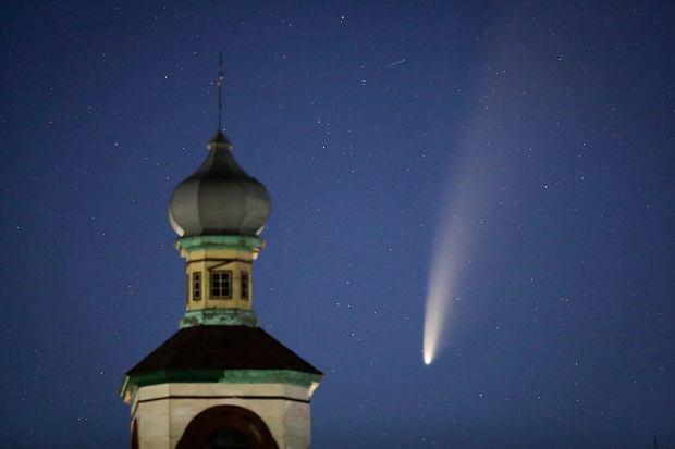 Kometa Neowise 14 lipca widziana z Białorusi
