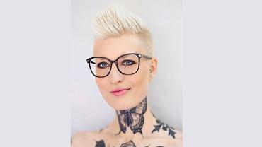 Katarzyna Puzyńska: Motyl na szyi to symbol anorektyczek. Bolało. Ale jak patrzę na siebie w lustrze, myślę, że tutaj jestem