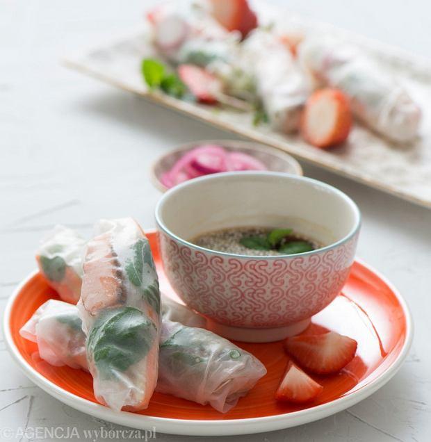 Spring rolls z rybą i warzywami
