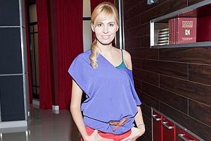 W nowym odcinku serialu Hotel 52 zobaczymy Agnieszkę Popielewicz, znaną prezenterkę telewizyjną. Popielewicz wcieli się w rolę dziennikarki, która będzie przeprowadzała wywiad z Ewą Kaim, serialową Iną Borucką.