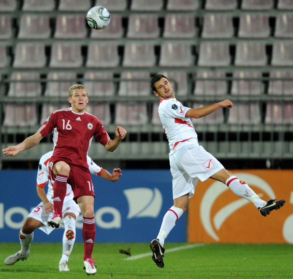Artjom Rudniew w meczu z Maltą, w którym strzelił jedynego gola dla reprezentacji Łotwy