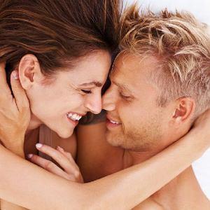 Jeszcze 10 lat temu Polacy deklarowali, że kochają się średnio 18 minut.