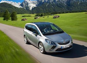 Opel Zafira Tourer - test | Za kierownicą