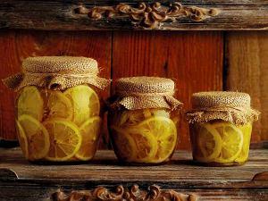 Konfit z cytryn w soli i oliwie