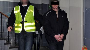 Zatrzymany Marian K. odpowie za fałszywe alarmy bombowe na Chmielnej