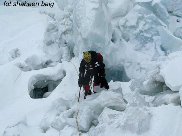 Pogorszenie pogody na Gasherbrumie I. Agnieszka Bielecka wkracza do akcji