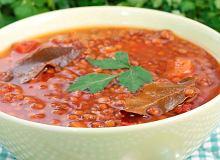 Rozgrzewająca zupa pomidorowa z soczewicą i papryką - ugotuj