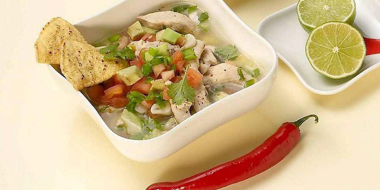 Ostra zupa z awokado