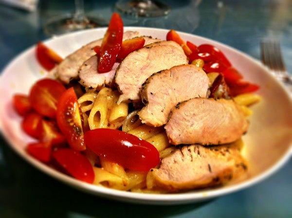 Kurczak marynowany z makaronem - energia dla biegaczy