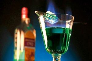 Absynt: randka z zieloną wróżką