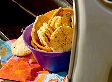 Krakersy pieprzowo-serowe - ugotuj