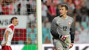Bramkarz Przemysław Tytoń w trakcie meczu Polska - Kamerun, 2010 r.
