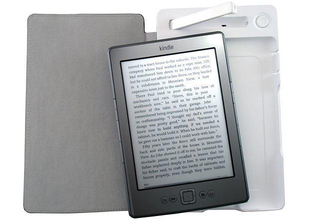 Praktyczny gadżet do Kindle'a: SolarKindle. Cena: 80 dol.
