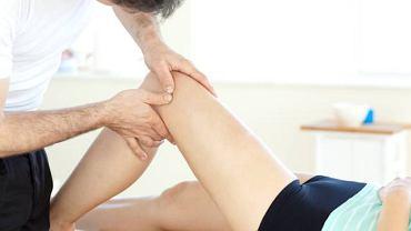 Jedną z metod leczenia koślawości kolan są ćwiczenia korekcyjne
