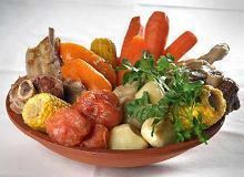 Puchero (danie argentyńskie z trzech rodzajów mięs i warzyw) - ugotuj
