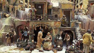 Do dziś twórcy szopek wzorują się na  tzw. szopkach neapolitańskich, które obok sceny Narodzenia, przedstawiały codzienne życie miasta.