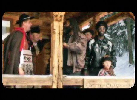 Trebunie Tutki i Twinkle Brothers - kadr z klipu.