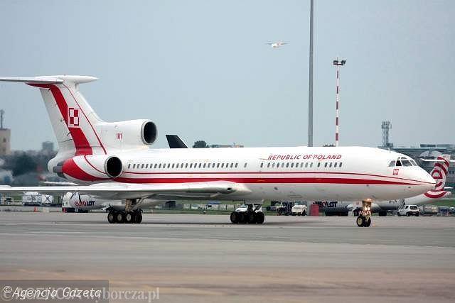 Wysłużony rządowy TU-154