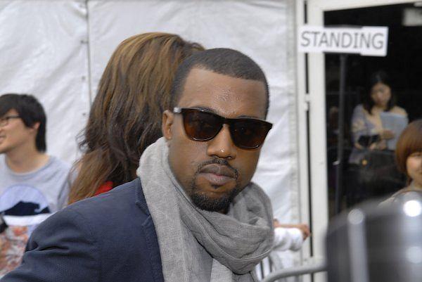 Kanye West na pokazie kolekcji Miyake
