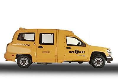 Z profilu widać, że inspiracją dla twórców był Austin FX4, czyli londyńska taksówka