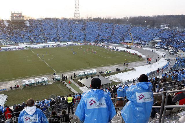 Ruch Chorzów w tym roku na Stadion Śląski nie wróci. Wielkie Derby Śląska w 2009 roku