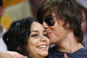 Miłość Vanessy Hudgens i Zaka Efrona kwitnie. Szczególnie na meczach koszykówki, której oboje są wielkimi fanami. Ciekawe tylko, że bardziej niż na grze zawodników skupiają swoją uwagę na sobie.