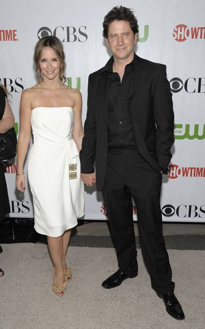 Actress Jennifer Love Hewitt, left, and actor Jamie Kennedy arrive at the CBS CW Showtime Summer press tour party in San Marino, Calif. on Monday, Aug. 3, 2009. (AP Photo/Dan Steinberg)