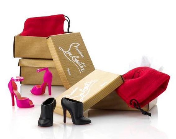 Barbie Christian Louboutin