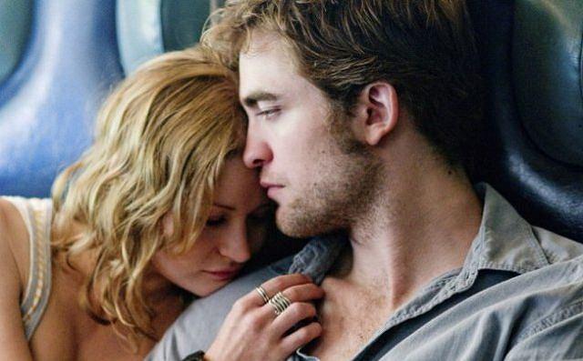Robert Pattinson to bożyszcze kobiet. Każdy film z jego udziałem jest skazany na sukces. O czym opowiada nowy film z Pattinsonem?