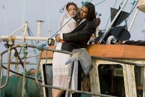 W Hollywood ich romans nie był dla nikogo zaskoczeniem. Gwiazdy bardzo często zakochują się w swoich partnerach filmowych i romansują z nimi na planach różnych produkcji. Czasem to prawdziwe uczucie, czasem miłość wymyślona na potrzeby promocji. Nikt nie ma już wątpliwości, że w przypadku Colina i Alicji w grę wchodzi tylko prawdziwe uczucie.