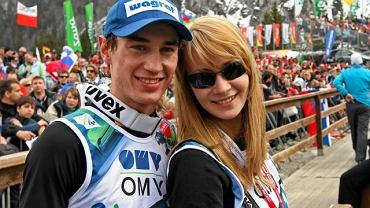 Kamil Stoch z narzeczoną, obecnie małżonką