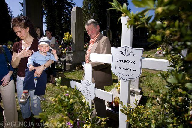 Pogrzeb chłopca: żegnały go tłumy