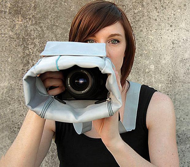 Z torbą Cloak dyskretne zdjęcia