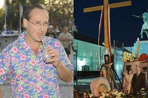 Wojciech Cejrowski broni krzyża przed Pałacem Prezydenckim i ostrzega, że jeżeli krzyż zostanie przeniesiony to on i tak będzie palił znicze przed Pałacem