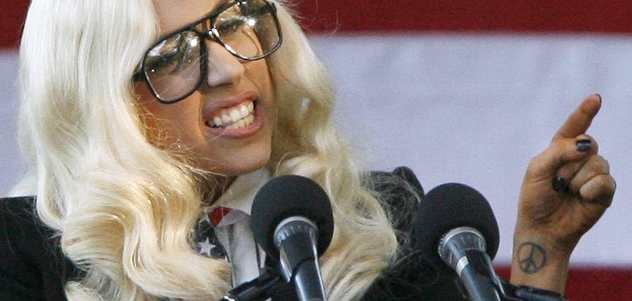 Lady Gaga okazuje swoje zaangażowanie.