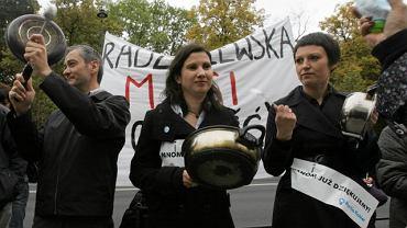 Manifestacja w sprawie odwołania minister ds. równouprawnienia Elżbiety Radziszewskiej