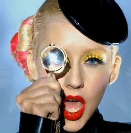 makijaż i fryzura Christiny Aguilery
