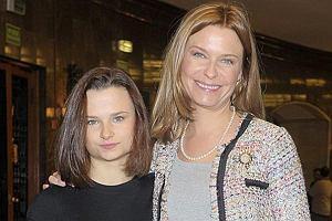 Na Warszawski Festiwal Filmowy Paulina Młynarska zabrała córkę. Festiwal rozpoczął się w Sali Kongresowej. Ostatnio gwiazdy coraz częściej na imprezy zabierają swoje dzieci i wprowadzają je na salony.