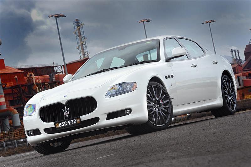 Maserati Quattroporte Sport GT S MC Sport Line